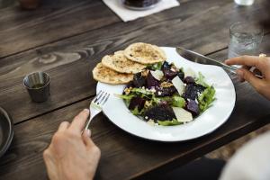 Le repas, valeur refuge en 2021 (+7pts/2019) – Sondage Ipsos avril 2021